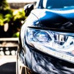 スポーツカーの高級外車を経費化し、節税は可能か